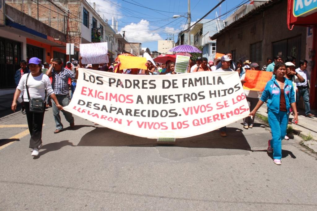 141008 Ayotzinapa Somos todos_001