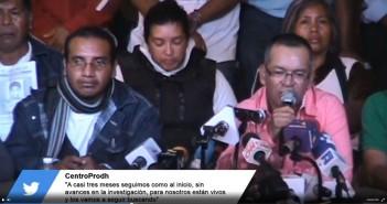 Ciudad de México, 16 de diciembre de 2014.- Familias de Ayotzinapa denuncian endurecimiento del Estado mexicano frente a exigencia de presentación con vida de normalistas de Ayotzinapa.