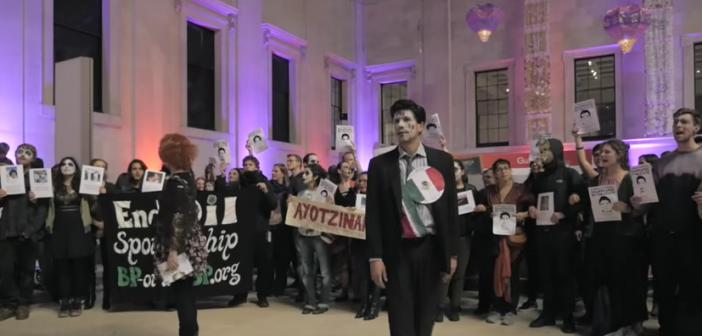 Irrumpen activistas en Museo Londres