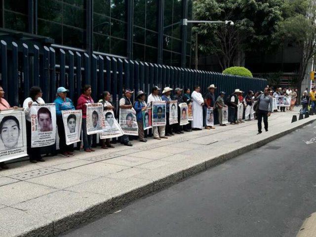 COMUNICADO | Contra la impunidad: madres y padres de Ayotzinapa