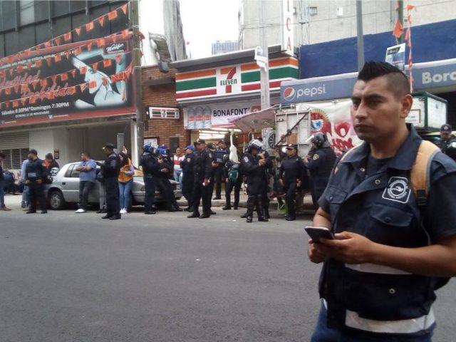 COMUNICADO | Advierten pretensión de detener bajo los cargos de vandalismo a la dirigencia estudiantil y de los madres y padres de los 43