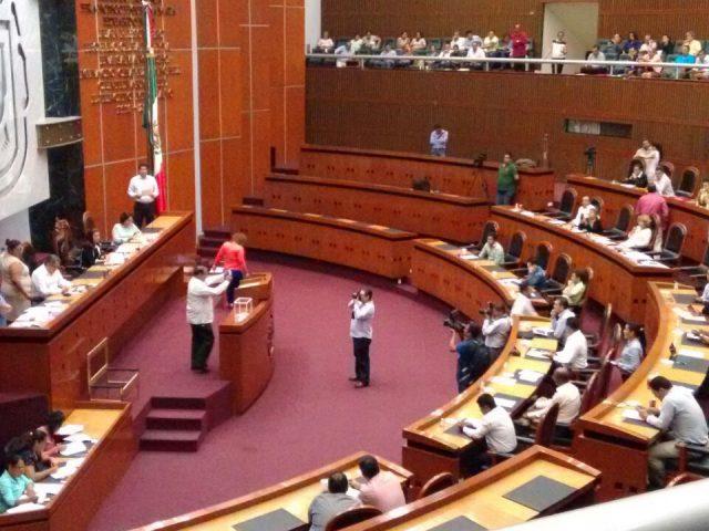 Opinión/Los encomenderos del Poder Legislativo