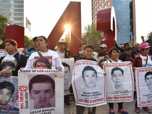 Nota Informativa | Con la esperanza entre los dientes: Ayotzinapa un tema aún pendiente