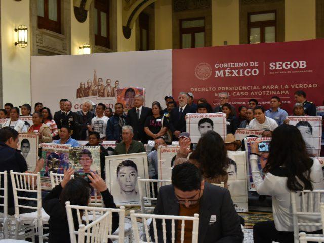 OPINIÓN | Los 43 en el Palacio Nacional