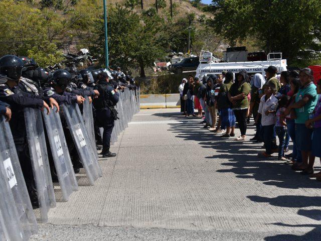 Programa Radiofónico de Tlachinollan CDHM sobre los presos del CECOP