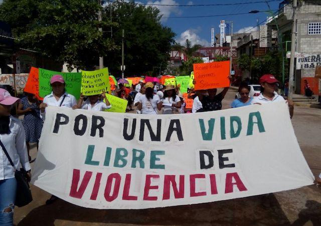 COMUNICADO | Exigen al alcalde de Tlapa cese la campaña de difamación y desprestigio contra la abogada de Tlachinollan, Neil Arias Vitinio y la periodista de El Sur, Carmen González Benicio, en el caso de Yaqueline Cruz Nemorio