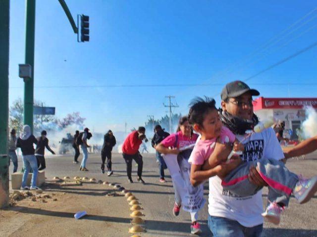 COMUNICADO | El Colectivo Migraciones para las Américas y las madres y padres de los 43 estudiantes desaparecidos de Ayotzinapa, Guerrero, expresan su rotundo rechazo al uso de la fuerza, por parte de la policía de Chiapas